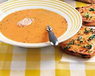 Morotssoppa med chili och ingefära