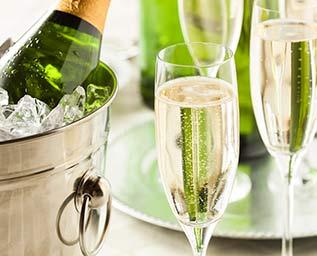 Champagne på allas läppar
