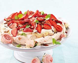 Pavlova med jordgubbar