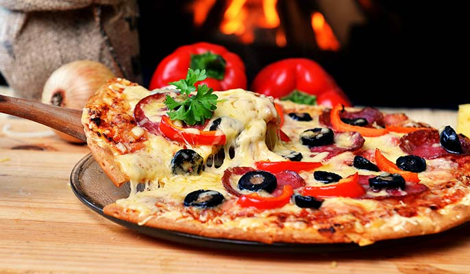 Moncaro-pizza-salami-686