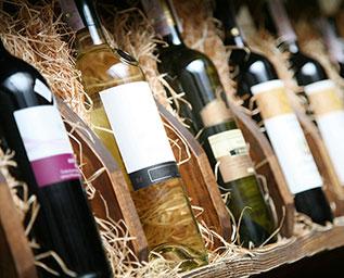 Vad får en flaska vin kosta?