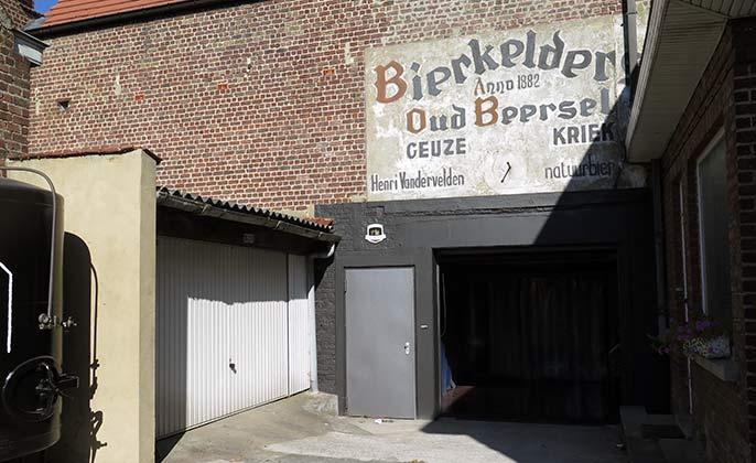 Beersel-exterior-686