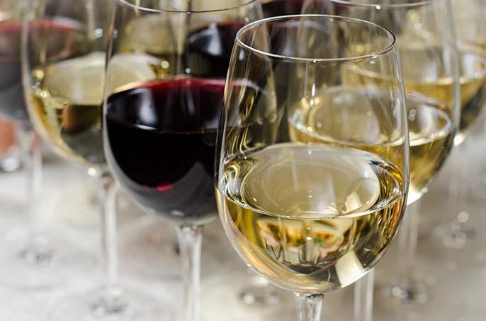 Vinguiden tipsar om 5 vita 5 röda viner
