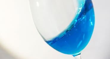 Blått vin – så smakar det