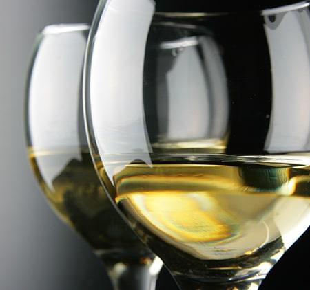 """Vin """"sous voile"""" – vad betyder det?"""