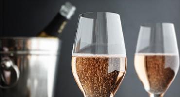 Rosa bubbel älskar Pinot Noir