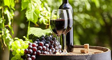 Kan man ha gröna druvor i röda viner?